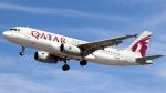 誘喜さんが、ロンドン・ヒースロー空港で撮影したカタール航空 A320-232の航空フォト(写真)