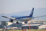 たかきさんが、福岡空港で撮影した全日空 777-281の航空フォト(写真)