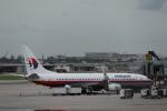 Fly Yokotayaさんが、シンガポール・チャンギ国際空港で撮影したマレーシア航空 737-8FZの航空フォト(写真)