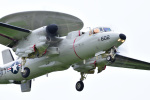 jr1kdqさんが、厚木飛行場で撮影したアメリカ海軍 E-2D Advanced Hawkeyeの航空フォト(写真)