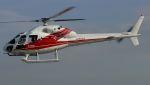 航空見聞録さんが、舞洲ヘリポートで撮影した小川航空 AS355F2 Ecureuil 2の航空フォト(写真)