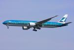 VICTER8929さんが、羽田空港で撮影したキャセイパシフィック航空 777-367/ERの航空フォト(写真)