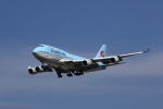 MOHICANさんが、福岡空港で撮影した大韓航空 747-4B5の航空フォト(写真)