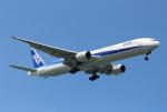 Koenig117さんが、那覇空港で撮影した全日空 777-381の航空フォト(写真)