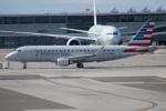 チャッピー・シミズさんが、バンクーバー国際空港で撮影したコンパス航空 ERJ-170-200 LR (ERJ-175LR)の航空フォト(写真)