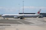 チャッピー・シミズさんが、バンクーバー国際空港で撮影した中国国際航空 777-39L/ERの航空フォト(写真)