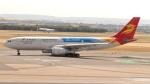 誘喜さんが、マドリード・バラハス国際空港で撮影した北京首都航空 A330-243の航空フォト(写真)