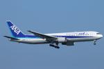 ceskykrumlovさんが、羽田空港で撮影した全日空 767-381の航空フォト(写真)