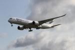 さんみさんが、ロンドン・ヒースロー空港で撮影したフィンエアー A350-941XWBの航空フォト(写真)