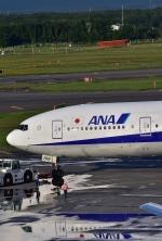 Take51さんが、新千歳空港で撮影した全日空 777-381の航空フォト(写真)