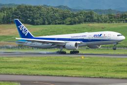 Tomo-Papaさんが、高松空港で撮影した全日空 777-281/ERの航空フォト(写真)