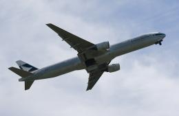 MOHICANさんが、福岡空港で撮影したキャセイパシフィック航空 777-367の航空フォト(写真)