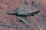 Ryan-airさんが、Panamint Springs - Rainbow Canyonで撮影したDraken International A-4K Skyhawkの航空フォト(写真)