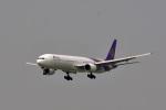 鈴鹿@風さんが、香港国際空港で撮影したタイ国際航空 777-3D7の航空フォト(写真)