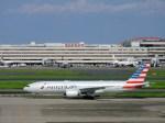 よんすけさんが、羽田空港で撮影したアメリカン航空 777-223/ERの航空フォト(写真)