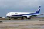 もぐ3さんが、那覇空港で撮影した全日空 767-381の航空フォト(写真)