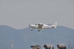 てるぞーさんが、名古屋飛行場で撮影した航空大学校 SR22の航空フォト(写真)