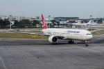 xingyeさんが、シンガポール・チャンギ国際空港で撮影したターキッシュ・エアラインズ 777-3F2/ERの航空フォト(写真)