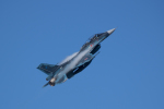 かずまっくすさんが、三沢飛行場で撮影した航空自衛隊 F-2Bの航空フォト(写真)
