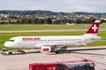 菊池 正人さんが、チューリッヒ空港で撮影したスイスインターナショナルエアラインズ A320-214の航空フォト(写真)