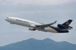 ぎんじろーさんが、香港国際空港で撮影したUPS航空 MD-11Fの航空フォト(写真)