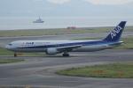 いっとくさんが、関西国際空港で撮影した全日空 767-381の航空フォト(写真)