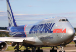 takaRJNSさんが、横田基地で撮影したナショナル・エア・カーゴ 747-428(BCF)の航空フォト(写真)