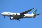 まえちんさんが、成田国際空港で撮影したパキスタン国際航空 777-240/ERの航空フォト(写真)