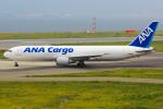 まくろすさんが、関西国際空港で撮影した全日空 767-381/ER(BCF)の航空フォト(写真)