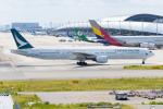 きゅうさんが、関西国際空港で撮影したキャセイパシフィック航空 777-367の航空フォト(写真)
