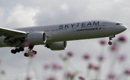 planetさんが、成田国際空港で撮影したエールフランス航空 777-328/ERの航空フォト(写真)