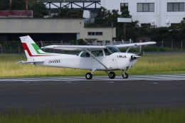 masatakaさんが、鹿児島空港で撮影した新日本航空 172P Skyhawkの航空フォト(写真)