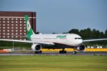 パンダさんが、成田国際空港で撮影したエバー航空 A330-302の航空フォト(写真)