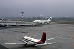 Gambardierさんが、伊丹空港で撮影した東亜国内航空 YS-11-114の航空フォト(写真)