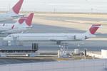 Scotchさんが、羽田空港で撮影した日本航空 MD-90-30の航空フォト(写真)
