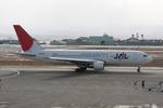 立山一郎さんが、小松空港で撮影した日本航空 767-246の航空フォト(写真)