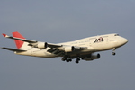 そらてつNさんが、成田国際空港で撮影した日本航空 747-446の航空フォト(写真)