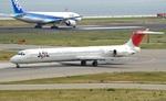omi3さんが、関西国際空港で撮影した日本航空 MD-81 (DC-9-81)の航空フォト(写真)
