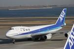 ノリちゃんさんが、羽田空港で撮影した全日空 747SR-81の航空フォト(写真)