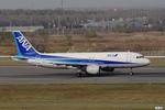 妄想竹さんが、新千歳空港で撮影した全日空 A320-211の航空フォト(写真)