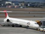 Sean0624さんが、伊丹空港で撮影したJALエクスプレス MD-81 (DC-9-81)の航空フォト(写真)