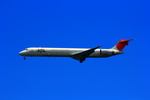 SGR RTさんが、羽田空港で撮影した日本航空 MD-90-30の航空フォト(写真)
