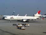 メニSさんが、香港国際空港で撮影した日本航空 MD-11の航空フォト(写真)