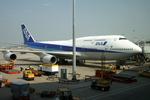 メニSさんが、香港国際空港で撮影した全日空 747-481の航空フォト(写真)