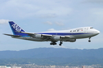 speedbirdさんが、関西国際空港で撮影した全日空 747SR-81の航空フォト(写真)
