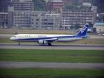 たぁさんが、福岡空港で撮影した全日空 A321-131の航空フォト(写真)