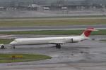 JA8676さんが、羽田空港で撮影した日本航空 MD-90-30の航空フォト(写真)