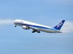 やままささんが、羽田空港で撮影した全日空 767-381の航空フォト(写真)