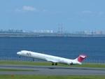 TOY2011さんが、羽田空港で撮影した日本航空 MD-90-30の航空フォト(写真)