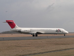 MIL26Tさんが、新潟空港で撮影した日本航空 MD-87 (DC-9-87)の航空フォト(写真)